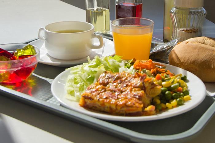 almuerzo casero y materias primas